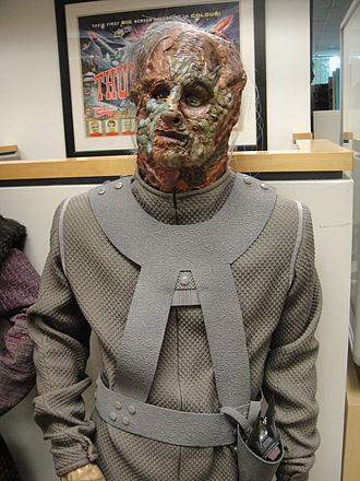Vidiians - Image: Star Trek Voyager costume Vidiian