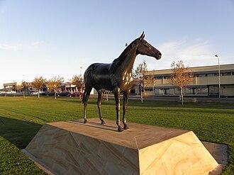 Makybe Diva - Statue of Makybe Diva at Port Lincoln, South Australia