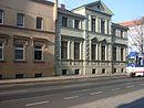 Wohnhaus mit Hofpflasterung
