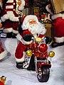 Strasbourg, Christkindelsmärik - Dem machte das Motorradfahren unter Strom sichtlich Spaß (11201427794).jpg