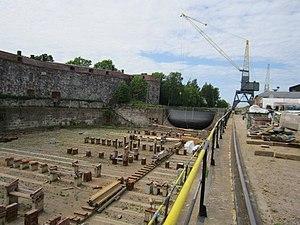 Suomenlinna dry dock.jpg