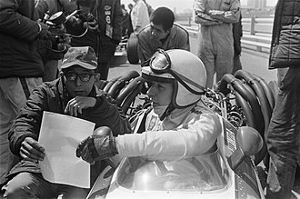 Honda in Formula One - John Surtees and Yoshio Nakamura at the 1968 Dutch Grand Prix.