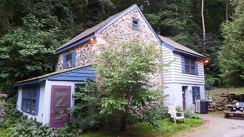 File:Sycamore Mills Historic building, on Sycamore Mills Rd., Ridley Creek State Park, Delaware County, PA.jpg
