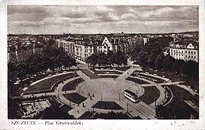Trams in Szczecin - Tram Falkenried on Grunwaldzki square