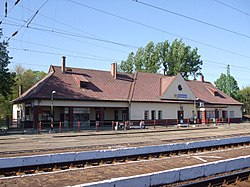 Törökszentmiklós vasútállomás.JPG