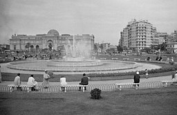 Tahrir Square in 1941.jpg