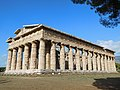 Temple of Poseidon (Paestum) 02.jpg
