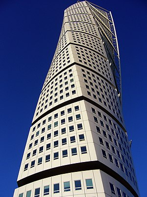The Turning Torso, Malmo.JPG
