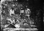 The prospectors of Sud-Est Goldfield (2415279112).jpg