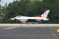 Thunderbirds Lockheed-Martin F-16C Fighting Falcon Number 4 Taxi Out 01 SNF 16April2010 (14444009507).jpg