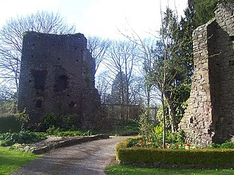 Thomas de Courtenay, 5th/13th Earl of Devon - Ruins of Tiverton Castle, seat of the Earls of Devon