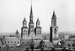 Basilica of Saint Servatius - 1937 with central tower