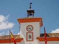 Torre del ayuntamiento en Villamanrique de Tajo.jpg