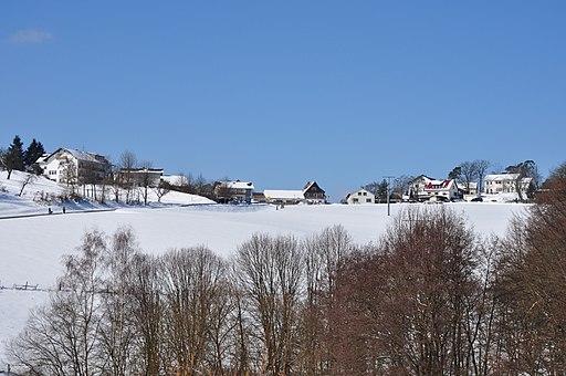 Treisberg, Ortseingang