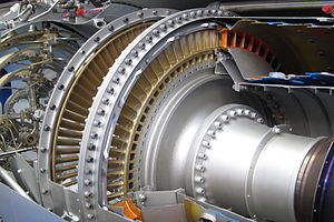 Active tip-clearance control - The turbine blades have a golden colour in this engine cutt-away.