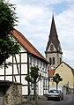 Turm der Neustadtkirche St. Johannes Baptist in Warburg 05.jpg