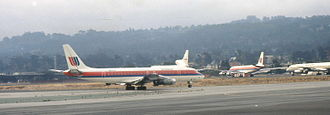 United Airlines Flight 2885 - Douglas DC-8 in the 1980s United Airlines livery, similar to the cargo DC-8 that crashed.