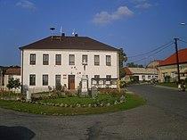 Vřesovice - municipal office.jpg