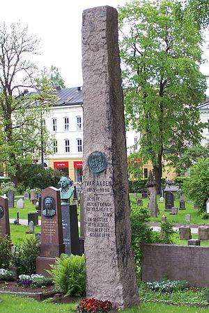 Ivar Aasen -  Tomb of Ivar Aasen at Vår Frelsers gravlund, Oslo