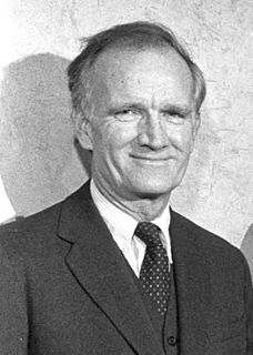 Val Logsdon Fitch American physicist
