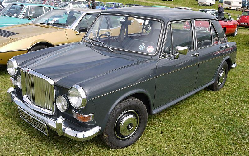 800px-Vanden_Plas_1100_Princess_1966_-_Flickr_-_mick_-_Lumix