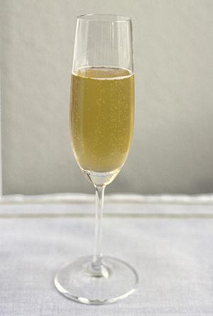 Verre de champagne / Glass of champagne / Glas...