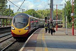 "Virgin Class 390, 390121 ""Virgin Dream"", Lancaster railway station (geograph 4499858).jpg"