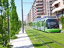 Tranvía de Vitoria por la Avenida de Gasteiz