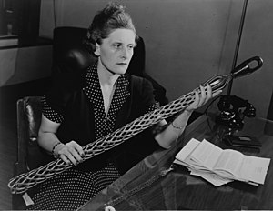 Vivien Kellems - Vivien Kellems in 1941, holding one of her company's patented cable grips.
