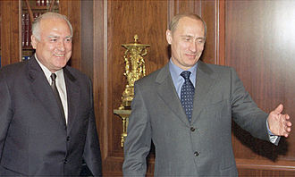 Viktor Chernomyrdin - Chernomyrdin with Vladimir Putin in June 2001 after being appointed as Ambassador of Russia to Ukraine.