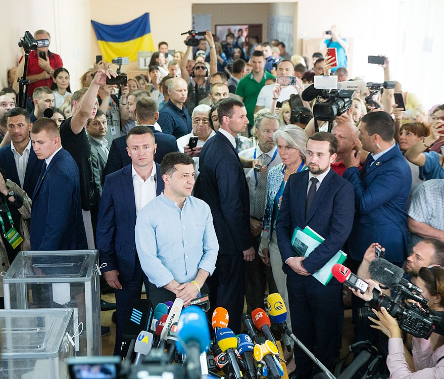 Volodymyr Zelenskyy voted in parliamentary elections (2019-07-21) 01.jpg