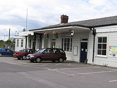 Warminster Railway Station.jpg