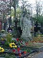 Warszawa - Cmentarz Powązkowski - panoramio.jpg