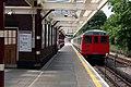 Watford station (Metropolitan line) - geograph.org.uk - 1749835.jpg