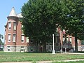 West Ward School in Gas City.jpg