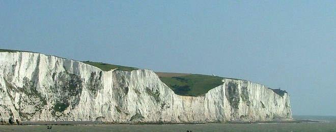 White cliffs of dover 09 2004