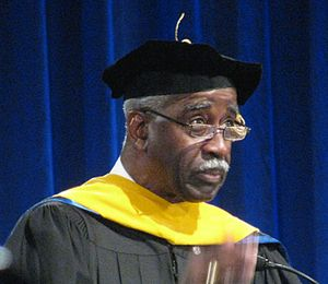 Willie Evans (running back) - Willie Evans being honored at the University at Buffalo (2009)