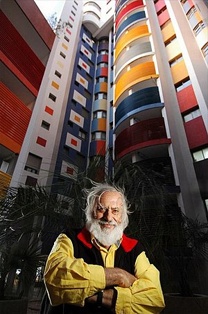 Yaacov Agam - Yaacov Agam in front of a building he decorated in Tel Baruch, Tel Aviv, Israel