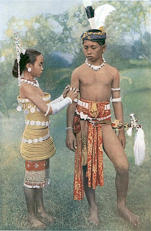 Dayak people - Image: Young Ibans, or Sea Dayaks