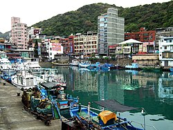Zhengbin Fishing Harbor 正濱漁港 - panoramio (2).jpg