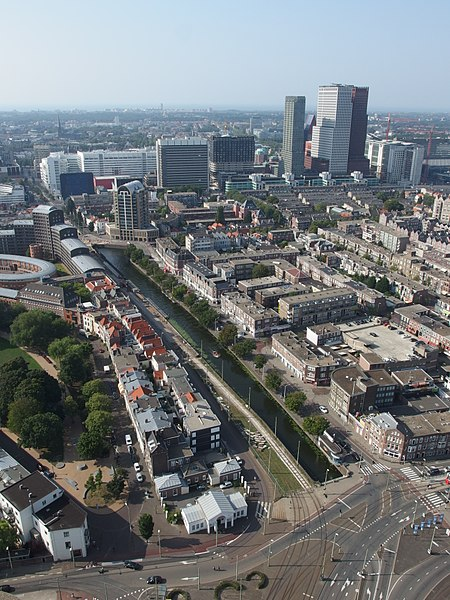 Bestand:Zieken canal and city center of The Hague, 2015.jpg