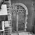 Zuid-zijde, oost dwarsbeuk raam west-gevel - Amsterdam - 20013302 - RCE.jpg