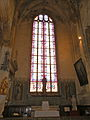 Église de Chaumont en Vexin vitrail transept sud.JPG