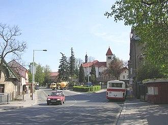 Řeporyje - Řeporyje town square