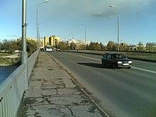 Мост им. 50-летия Октября от Завеличья.jpg