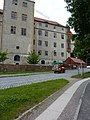 Мультикар на фоне замка Хартенфельс - panoramio.jpg