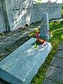 Пудож, мемориал, могила Матвеева.jpg