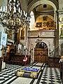 Церква Успіння Пресвятої Богородиці, інтер'єр-2, Львів.jpg