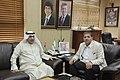 عزيز الديحاني السفير الكويتي في الأردن مع رئيس تحرير الدستور مصطفى الريالات 04.jpg