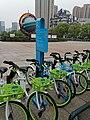 常州武进的永安行自行车停车处.jpg